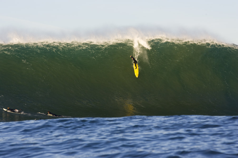 Watch all the big wave action at mavericks live on your for Deep sea fishing half moon bay