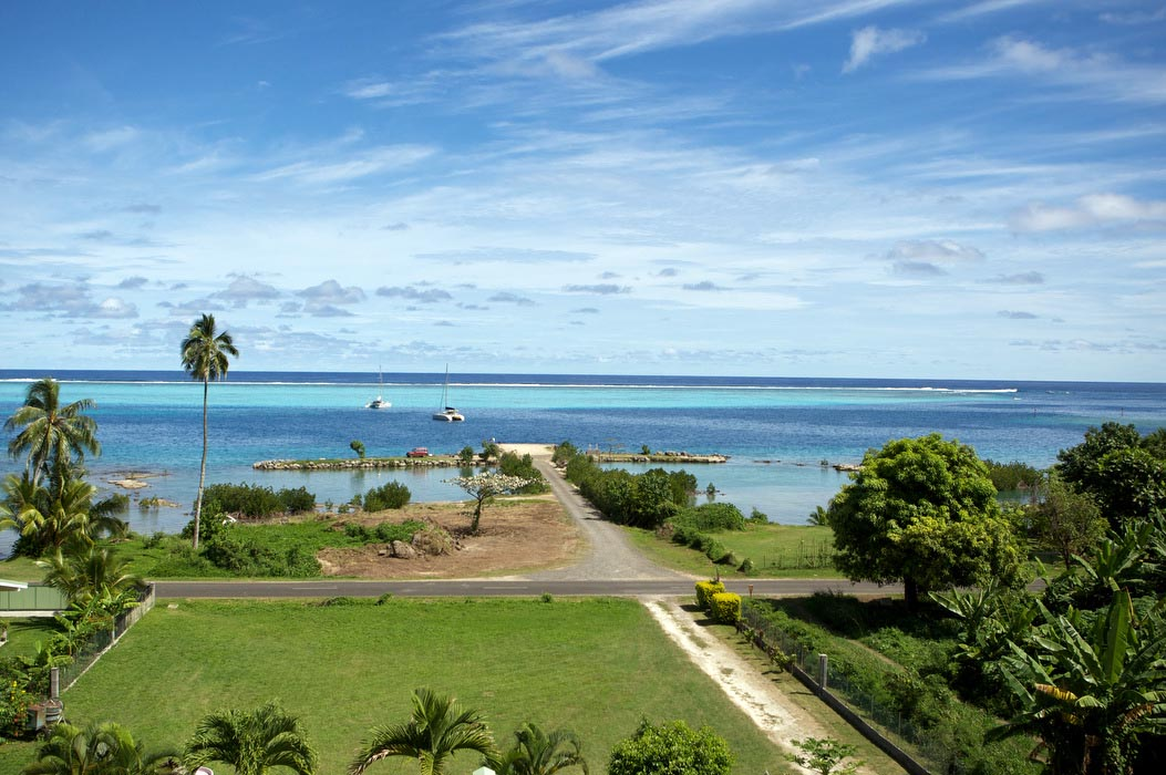 Haapiti Surf Lodge Moorea
