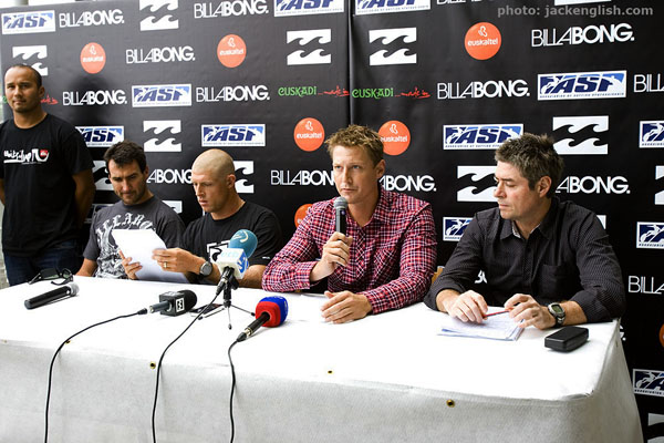 ASP CEO Brodie Carr announces major changes to the 2010 ASP World Tour. Photo: jackenglish.com