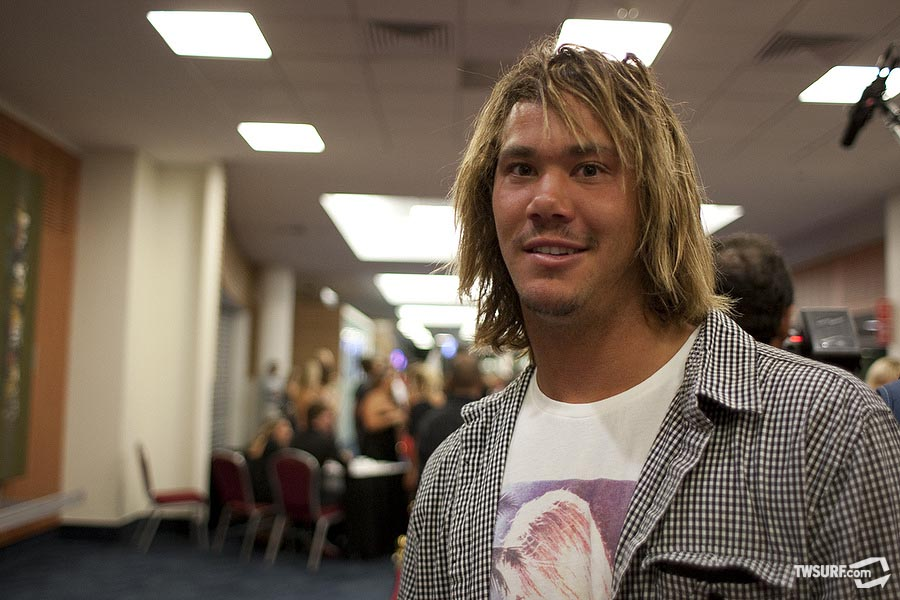 A dressed down Jordy Smith... where's the suit Jordy? Photo: Reposar