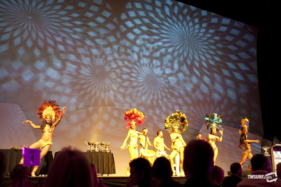 Samba dancers light up the stage at the Gold Coast Convention Centre (we're spelling in Aussie now get used to it) for the ASP Banquet. Photo: Reposar