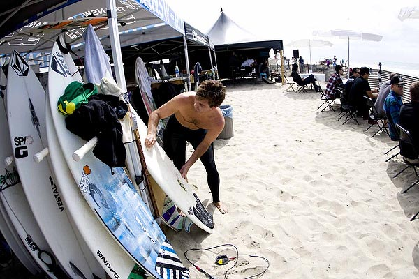 Ben Bourgeois gets ready to wax the competition for the second straight day... Photo: Steindler