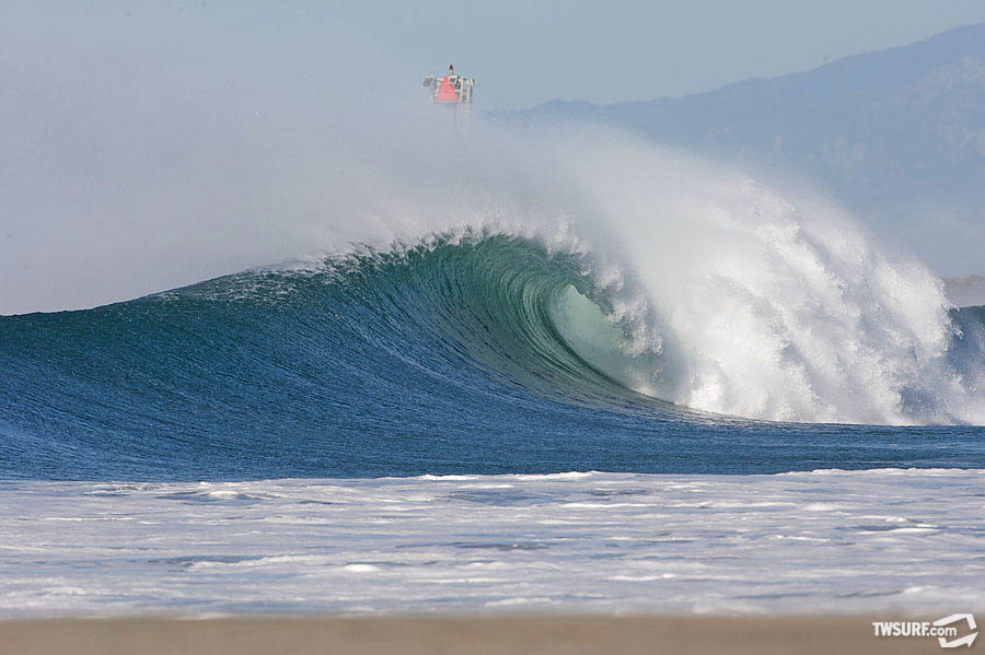 The Central Coast loves the funneling Santa Anas and a bombing swell. photo: Bill Sharp