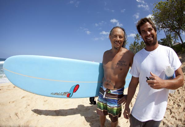 Kirk Hammett And Metallica Fan Dean Dingo Morrison In Front Of The Volcom Pipe