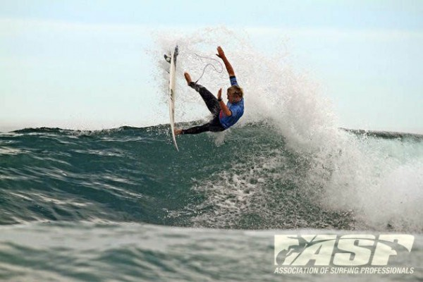 Dusty Payne busted the move of the event last year against Slater but still went down. Photo courtesy ASP