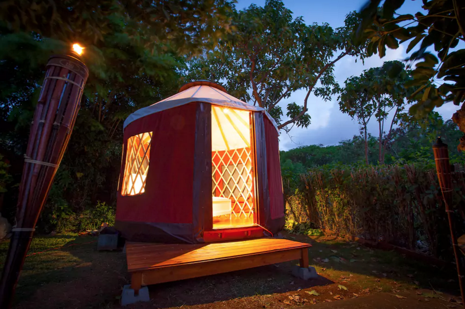 Dream Hawaii Airbnb rentals to help you ease into fall